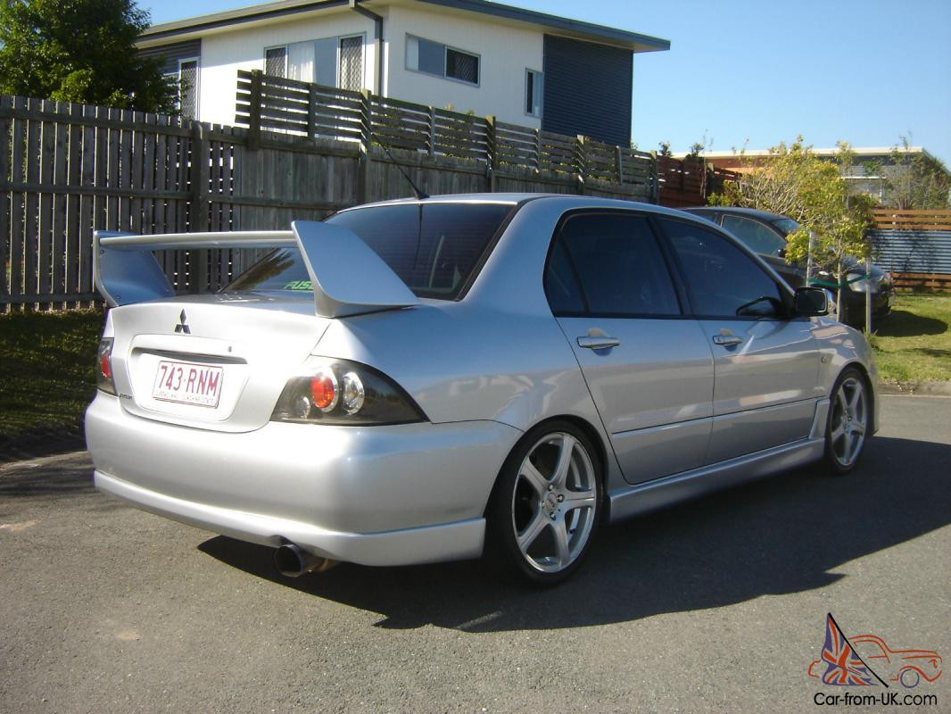 mitsubishi lancer 2004 es in moreton qld. Black Bedroom Furniture Sets. Home Design Ideas