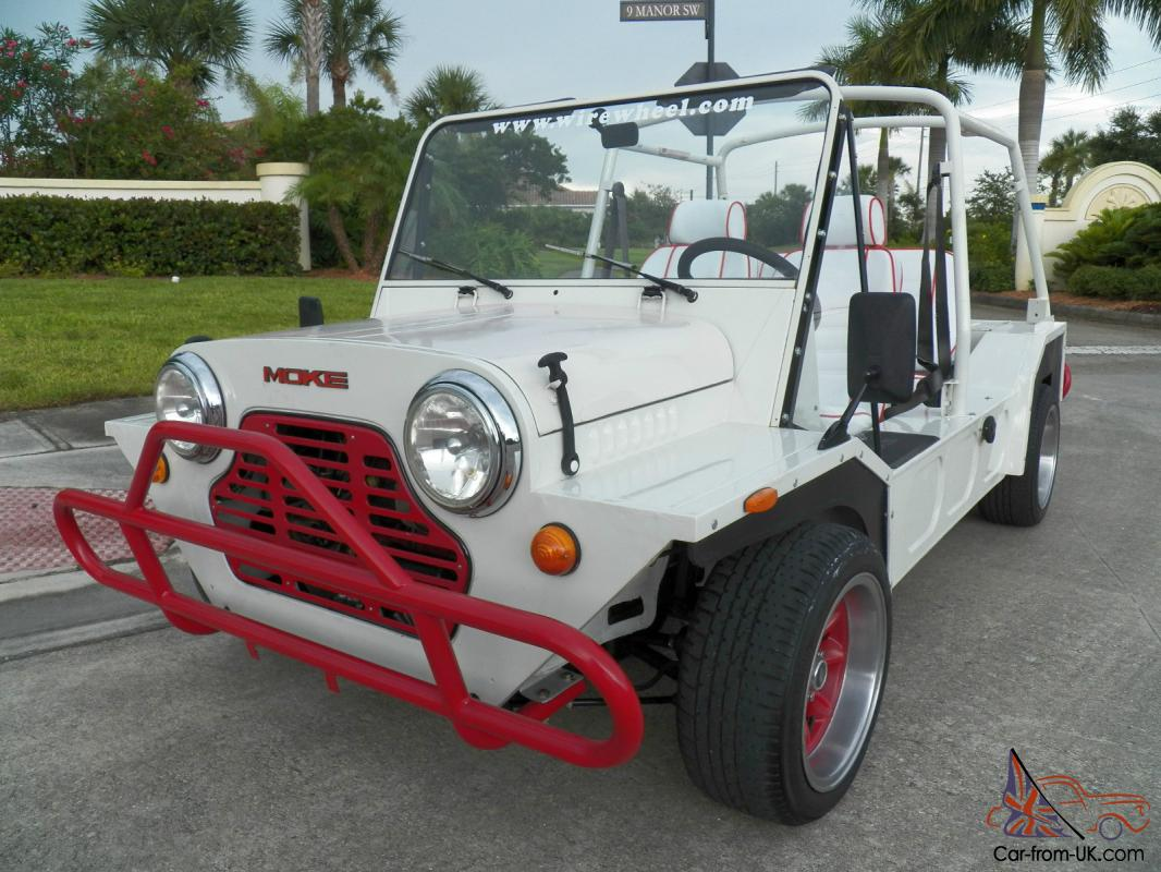 1980 austin mini moke white with rare automatic transmission 1275cc cagiva moke. Black Bedroom Furniture Sets. Home Design Ideas