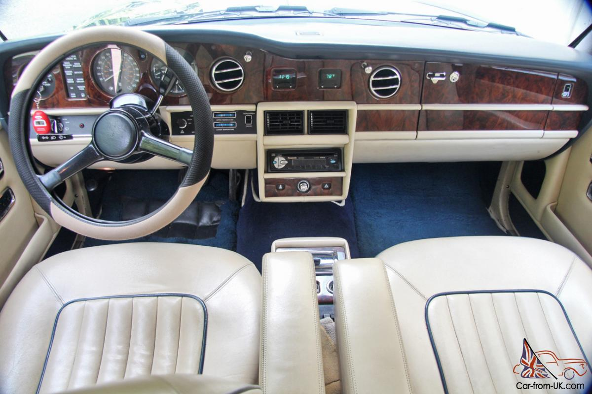 1989 rolls royce silver spur 35k perfect car leather interior owners books. Black Bedroom Furniture Sets. Home Design Ideas