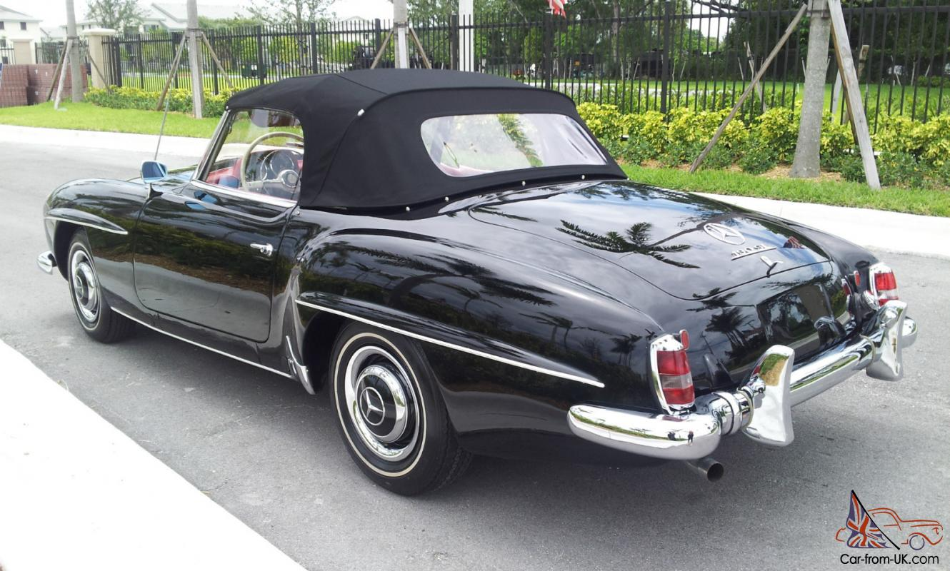 Restored mercedes benz 190sl convertible with an optional for Hardtop convertible mercedes benz