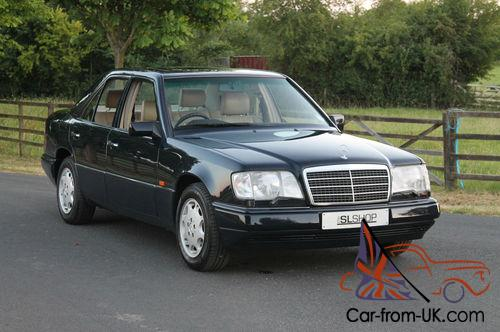 Mercedes benz e320 saloon for Mercedes benz fixed price servicing costs