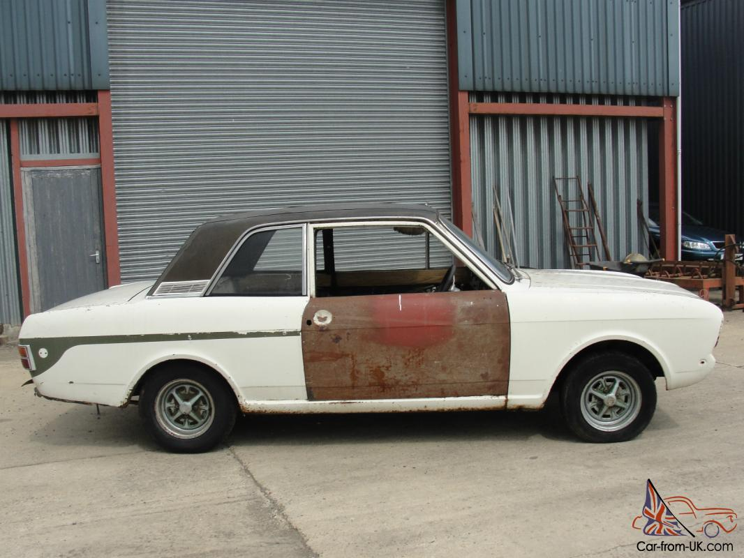 1967 mk2 ford cortina lotus series one in need of restoration. Black Bedroom Furniture Sets. Home Design Ideas