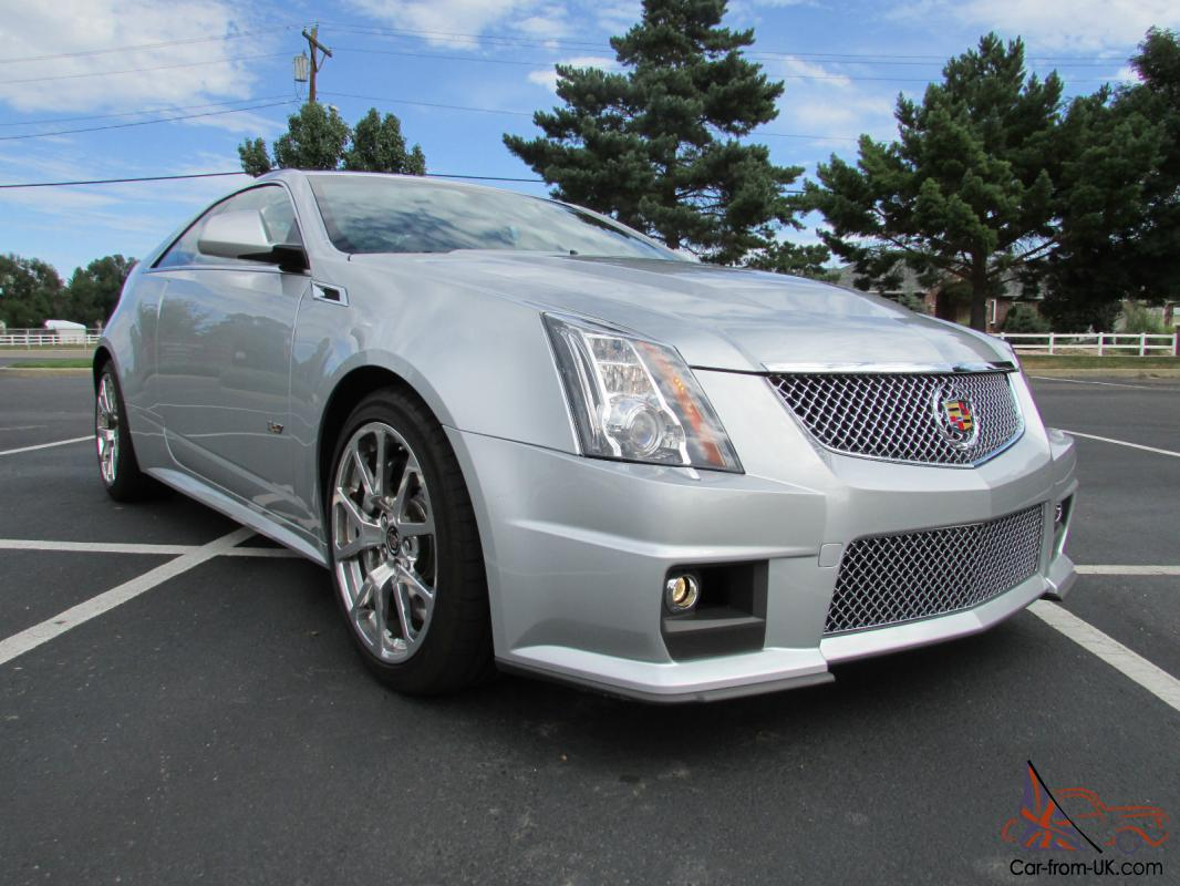 2012 cadillac cts v coupe 2 door 6 2l one owner only. Black Bedroom Furniture Sets. Home Design Ideas