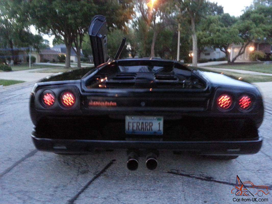 Diablo Replica black Head turner. Super car.