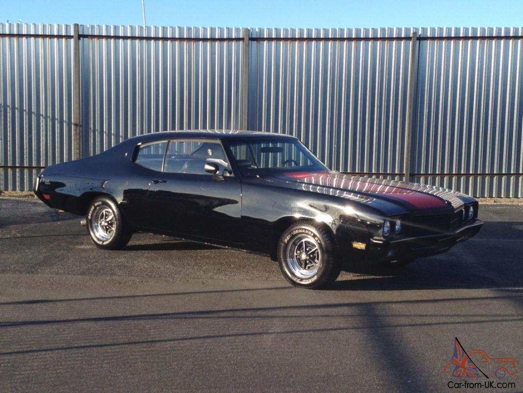 Seller of Classic Cars - 1972 Buick Skylark (Red/Black)