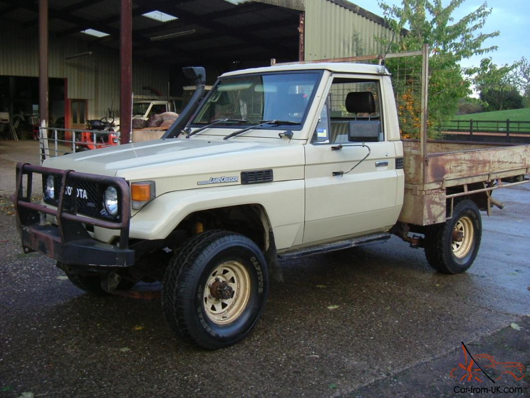 toyota landcruiser hj75 cab chassis pickup 4wd 4x4 diesel. Black Bedroom Furniture Sets. Home Design Ideas