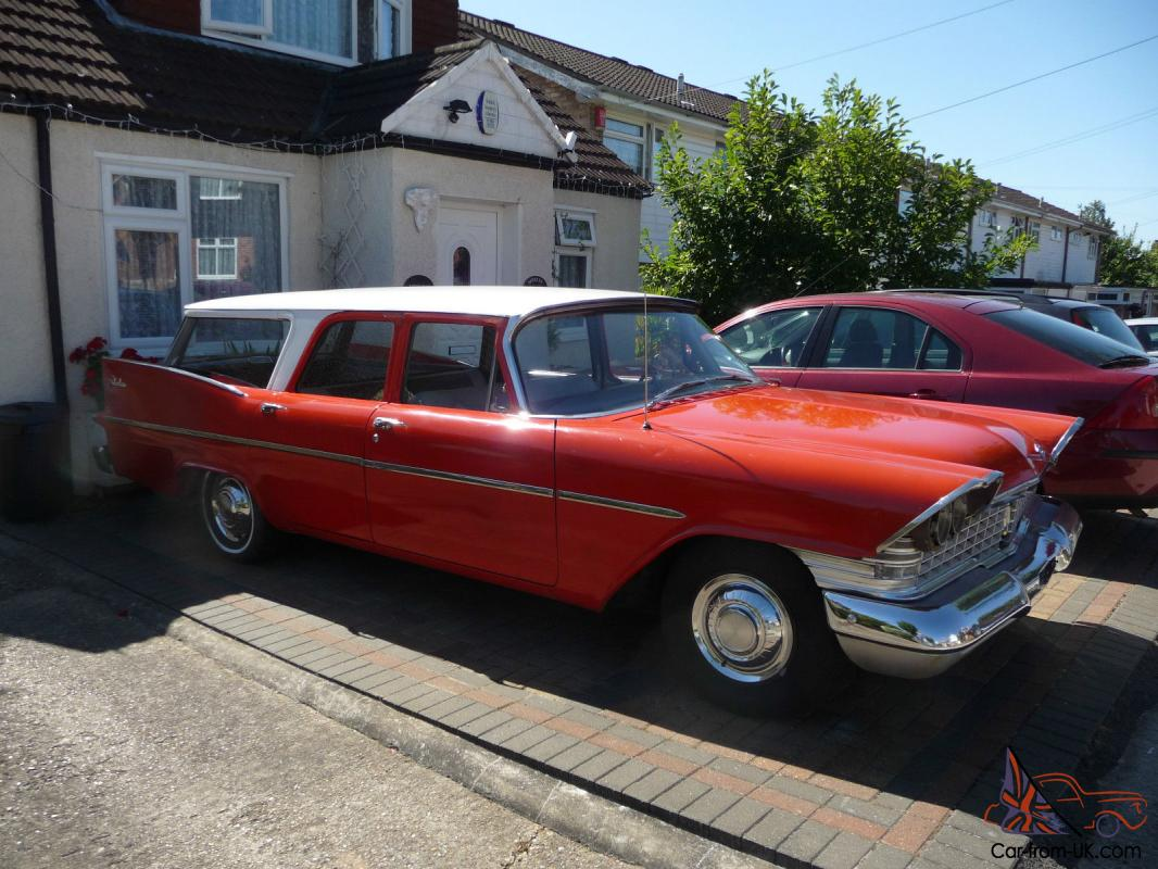 1959 Plymouth Suburban Deluxe Station Wagon