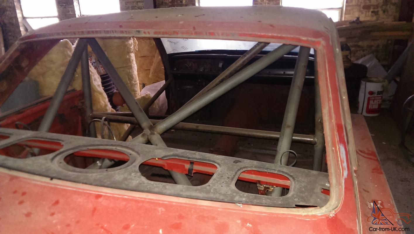automobile and roll cage analysis The important aspect we look for in designing all our vehicles is the major  for  this aspect, finite element analysis (fea) was employed in ansys  every  component from front knuckle and hub, brake pedal, roll cage etc to.