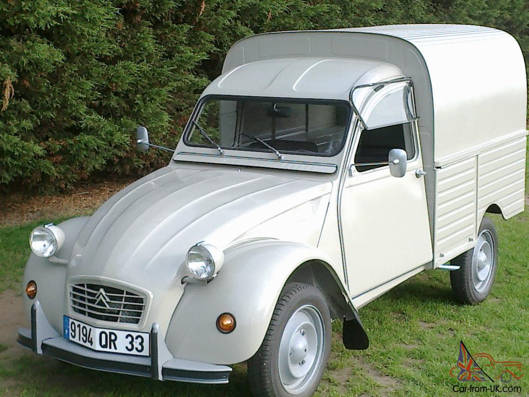 1975 citroen 2cv van ak400. Black Bedroom Furniture Sets. Home Design Ideas