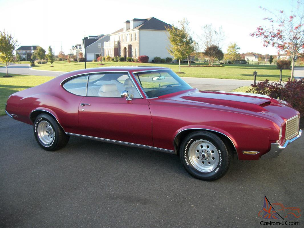 1971 oldsmobile cutlass classic american muscle car for Classic american muscle cars
