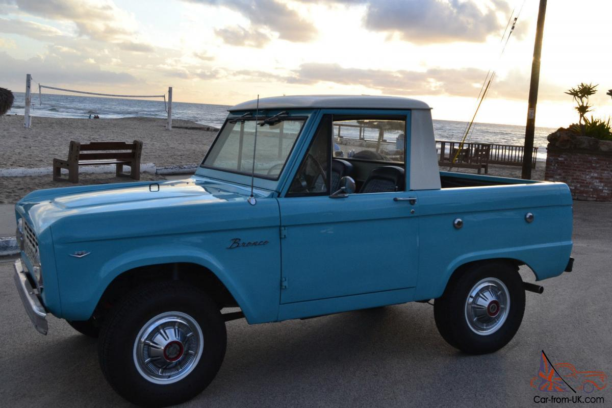 1966 ford bronco half cab beautifully restored. Black Bedroom Furniture Sets. Home Design Ideas