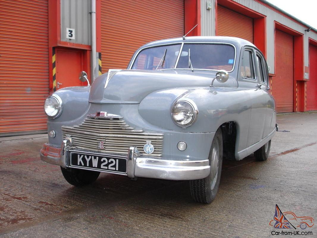 STANDARD VANGUARD PHASE 1 BEETLE BACK CLASSIC CAR 1950