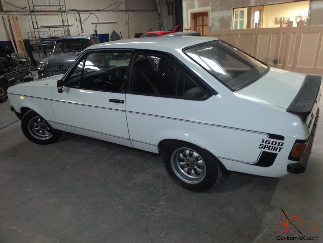 ford escort mk2 1600 sport white imported from sa. Black Bedroom Furniture Sets. Home Design Ideas