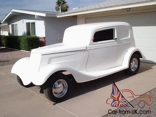 1933 Ford 2 Door Sedan Vicky Body on Frame with 305 and 700R4