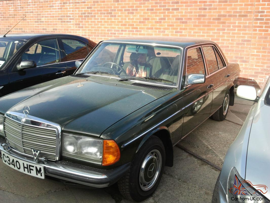 mercedes 200 w123 only 2400 miles mint condition 1985 green. Black Bedroom Furniture Sets. Home Design Ideas