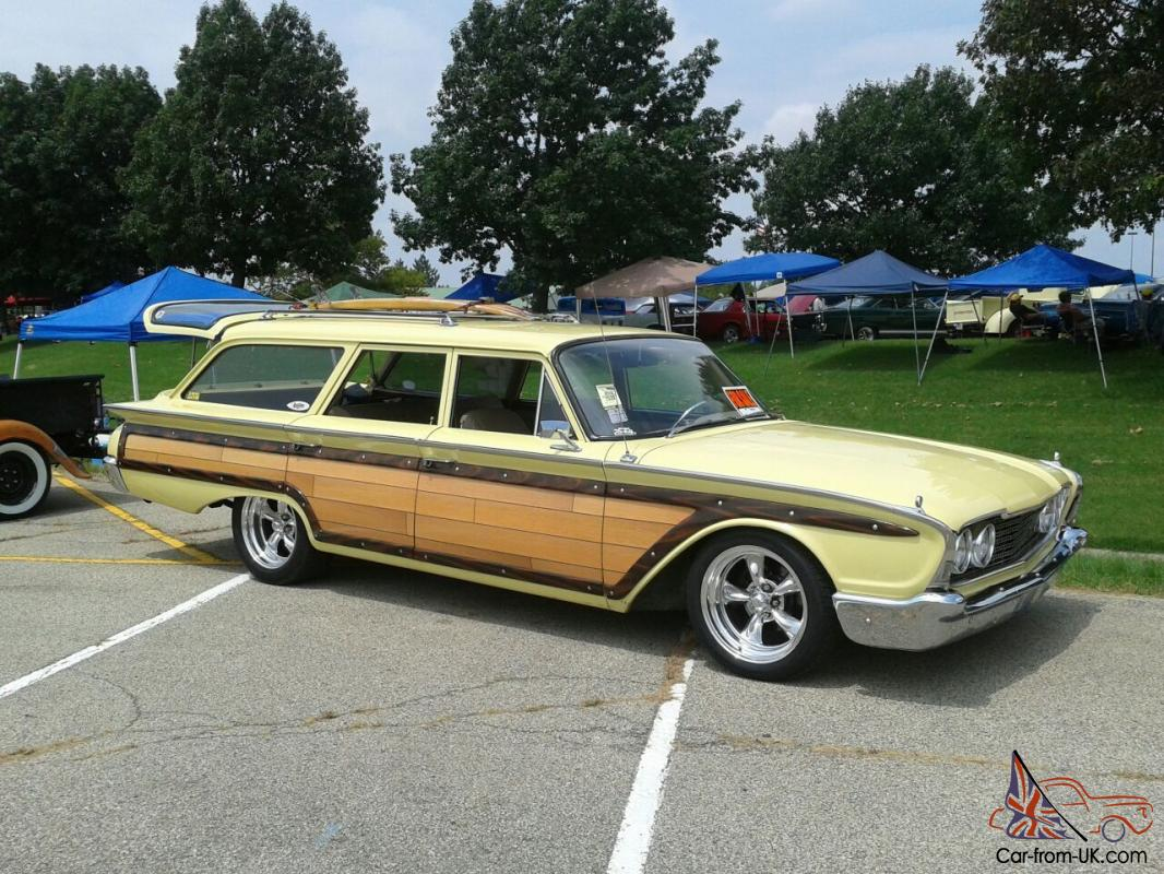 1960 ford country squire station wagon. Black Bedroom Furniture Sets. Home Design Ideas