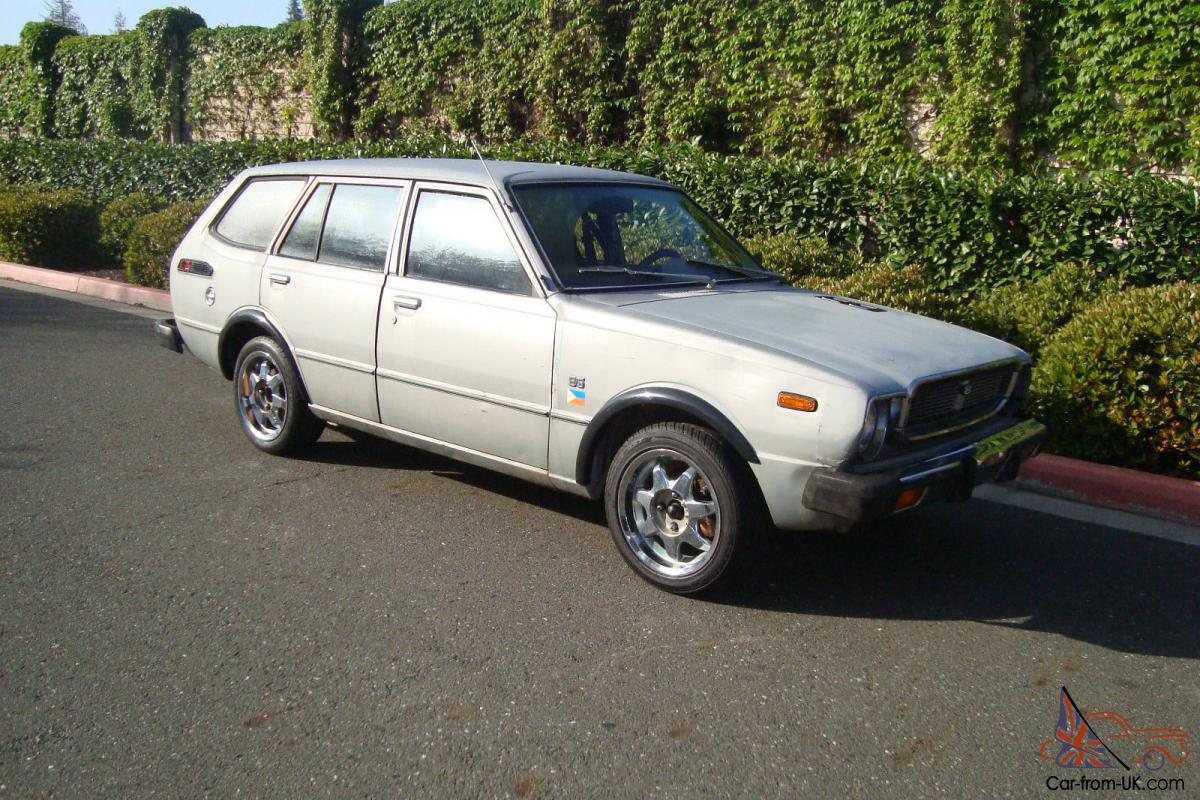 1976 toyota caorolla station wagon no reserve. Black Bedroom Furniture Sets. Home Design Ideas