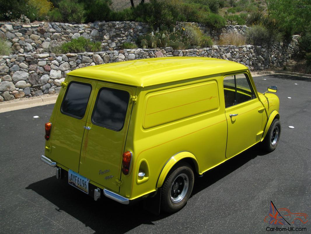 1971 mini classic panel van. Black Bedroom Furniture Sets. Home Design Ideas
