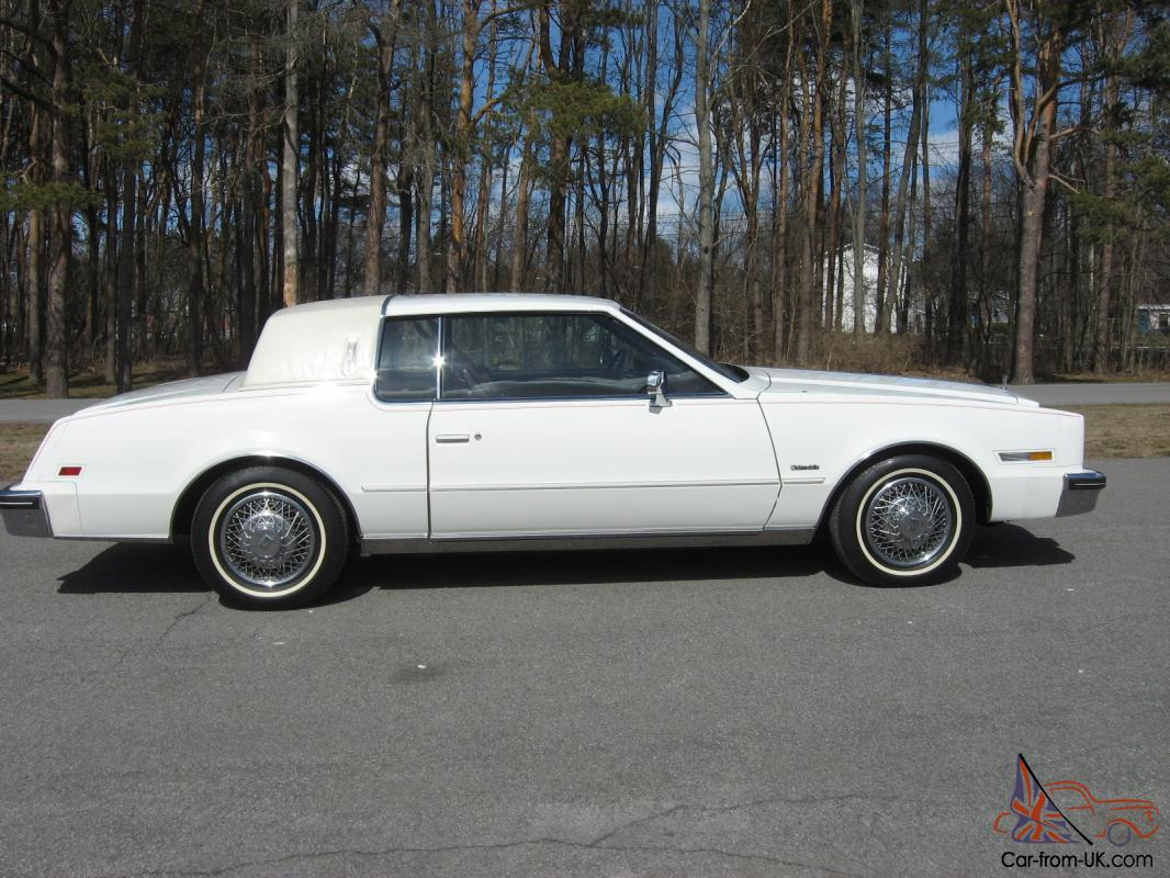 1985 oldsmobile toronado brougham only 15 000 miles. Black Bedroom Furniture Sets. Home Design Ideas