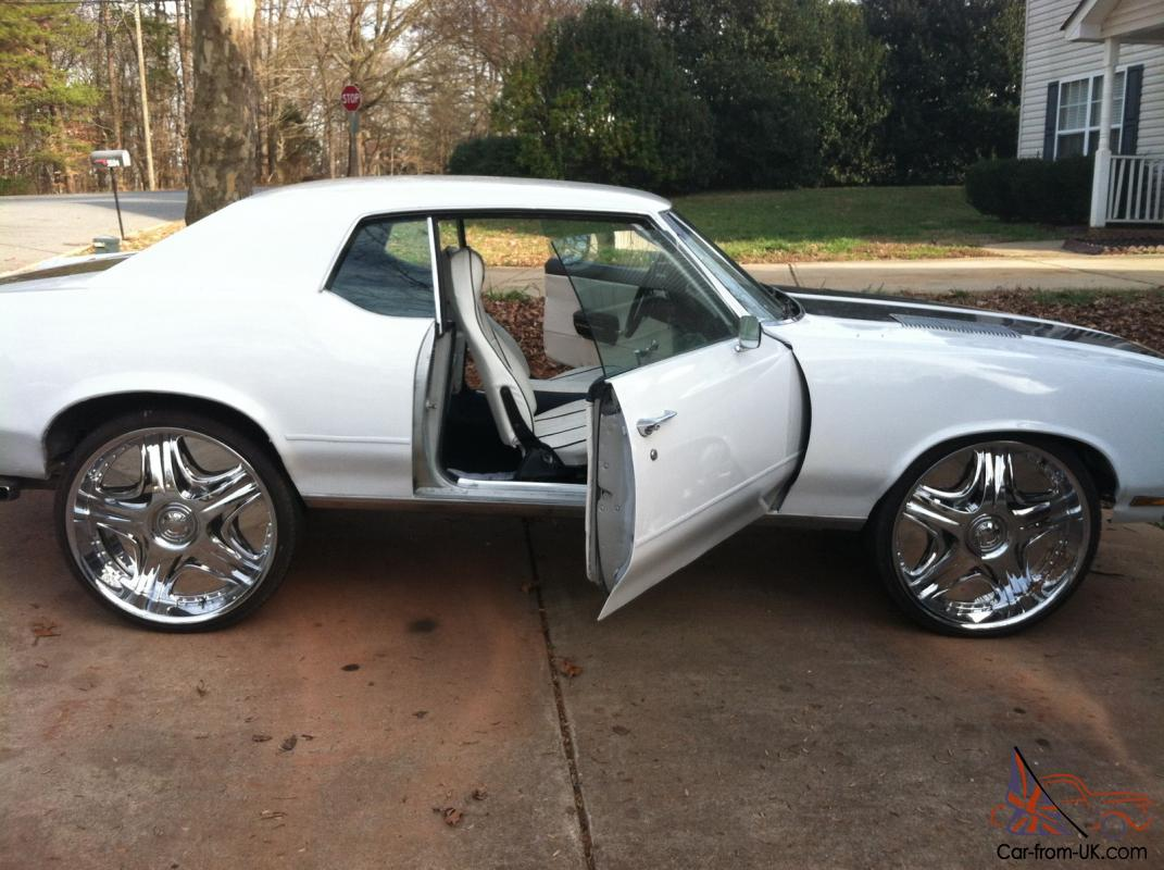 1972 cutlass supreme 26 inch custom interior engine and paint. Black Bedroom Furniture Sets. Home Design Ideas