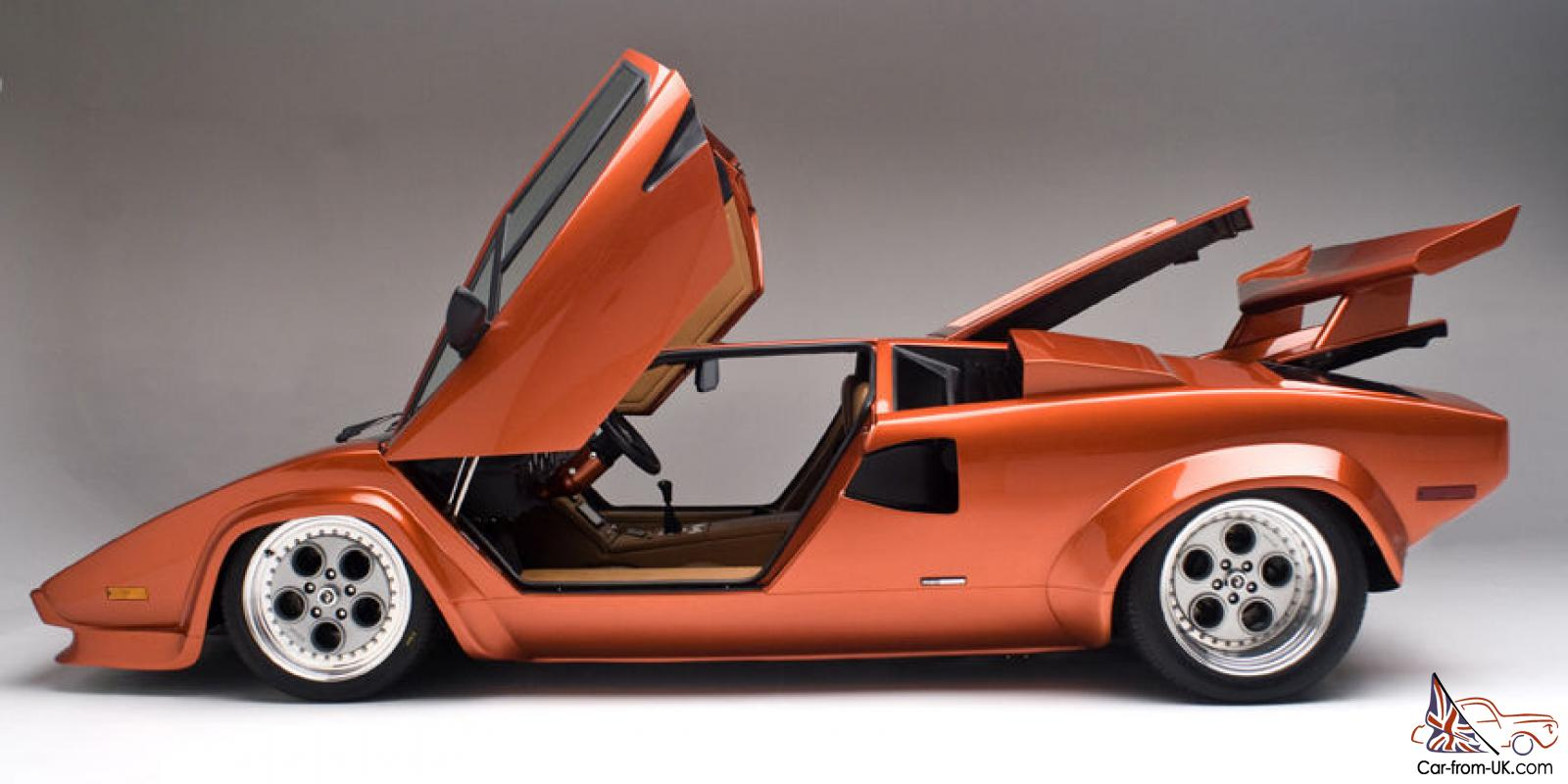 Replica Kit Makes Lamborghini Countach
