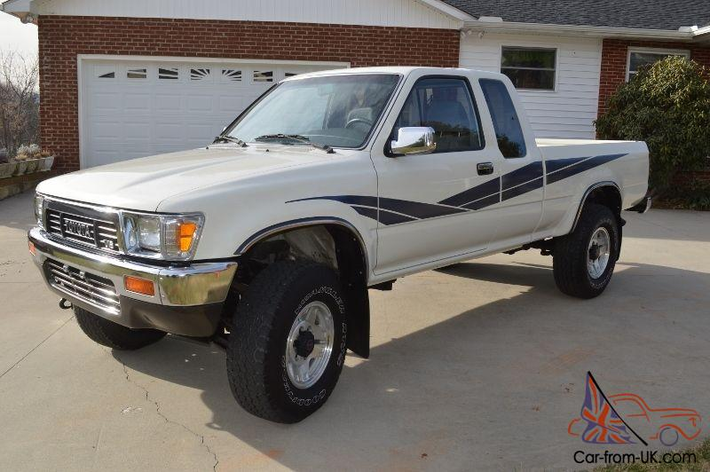 1989 Toyota SR5 Tacoma 3.0 Litre V6 4x4 Extended Cab Pickup. Low 40,467  Miles