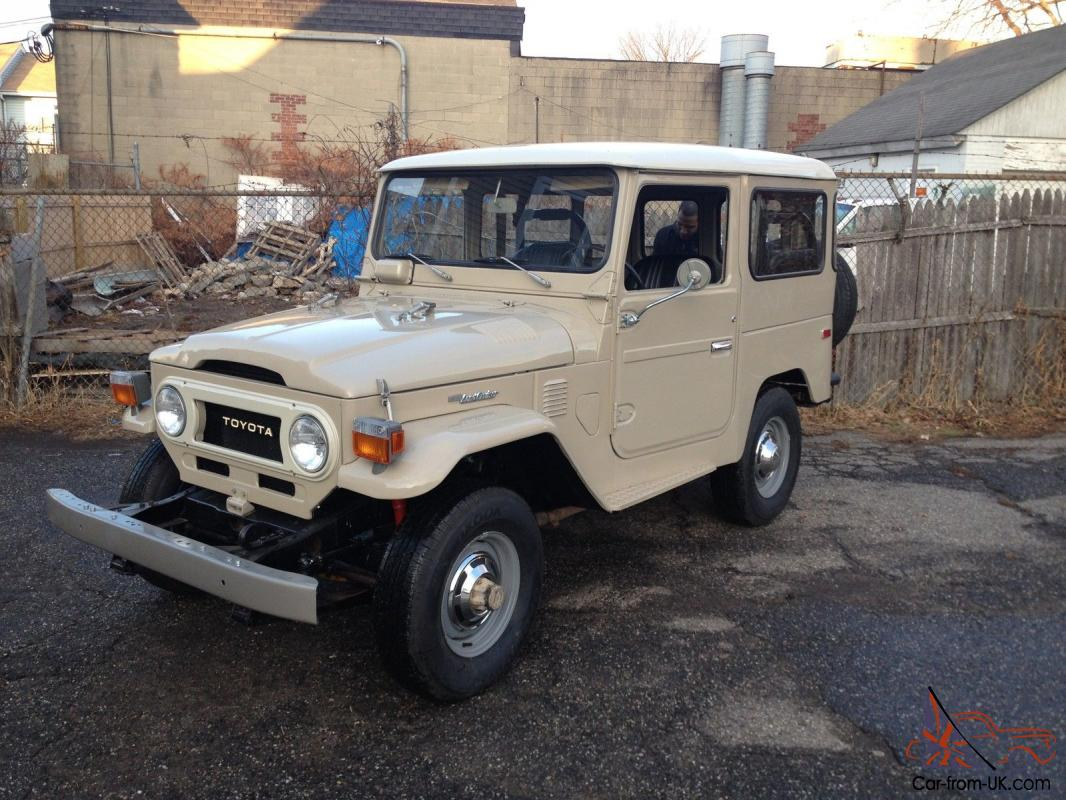 All original unmolested 1976 toyota fj40 land cruiser