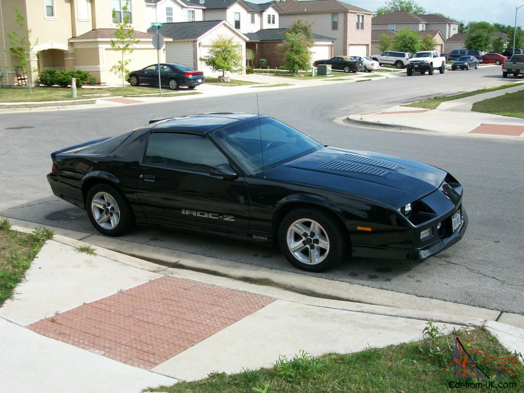 1986 clean black t top iroc z camaro. Black Bedroom Furniture Sets. Home Design Ideas