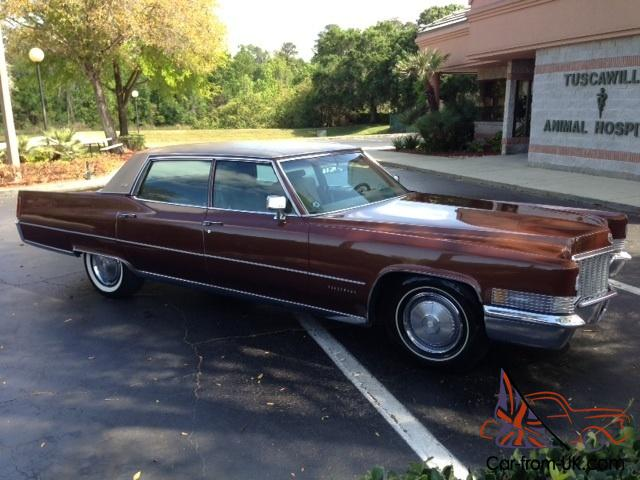 1970 cadillac fleetwood brougham classic vehicle in perfect condition