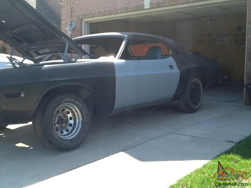 1970 DODGE CHALLENGER RUST FREE PROJECT CAR
