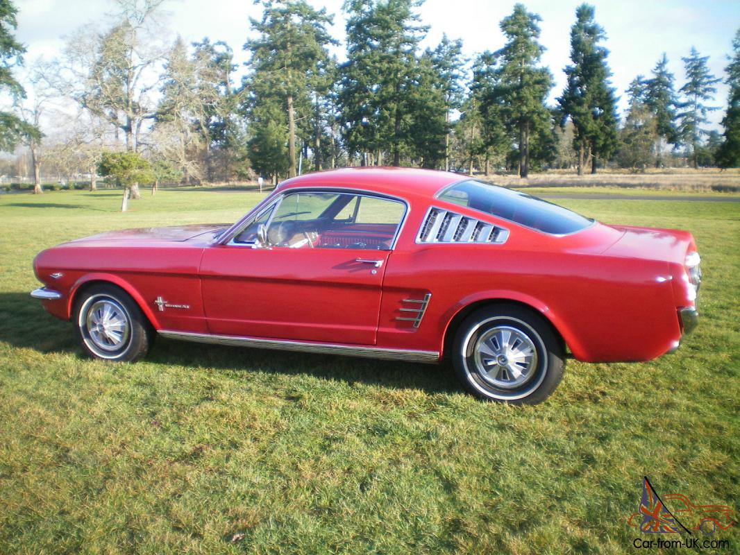 1965 ford mustang convertible v8 green 4 speed. Black Bedroom Furniture Sets. Home Design Ideas