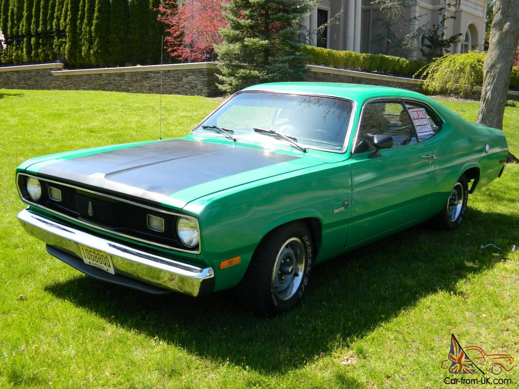 1972 plymouth duster w 318 v 8 engine w only 6 000 miles 3 speed runs great. Black Bedroom Furniture Sets. Home Design Ideas