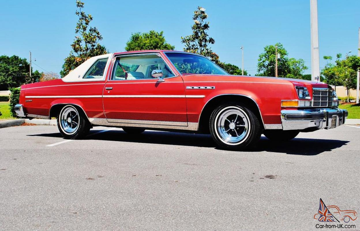 Simply amazing just 35,025 miles 1977 Buick Electra 225 Landau loaded  original.