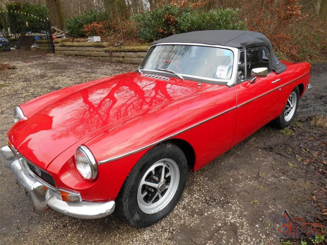 1970 mgb roadster was in immaculate condition sold for spares flood damaged. Black Bedroom Furniture Sets. Home Design Ideas