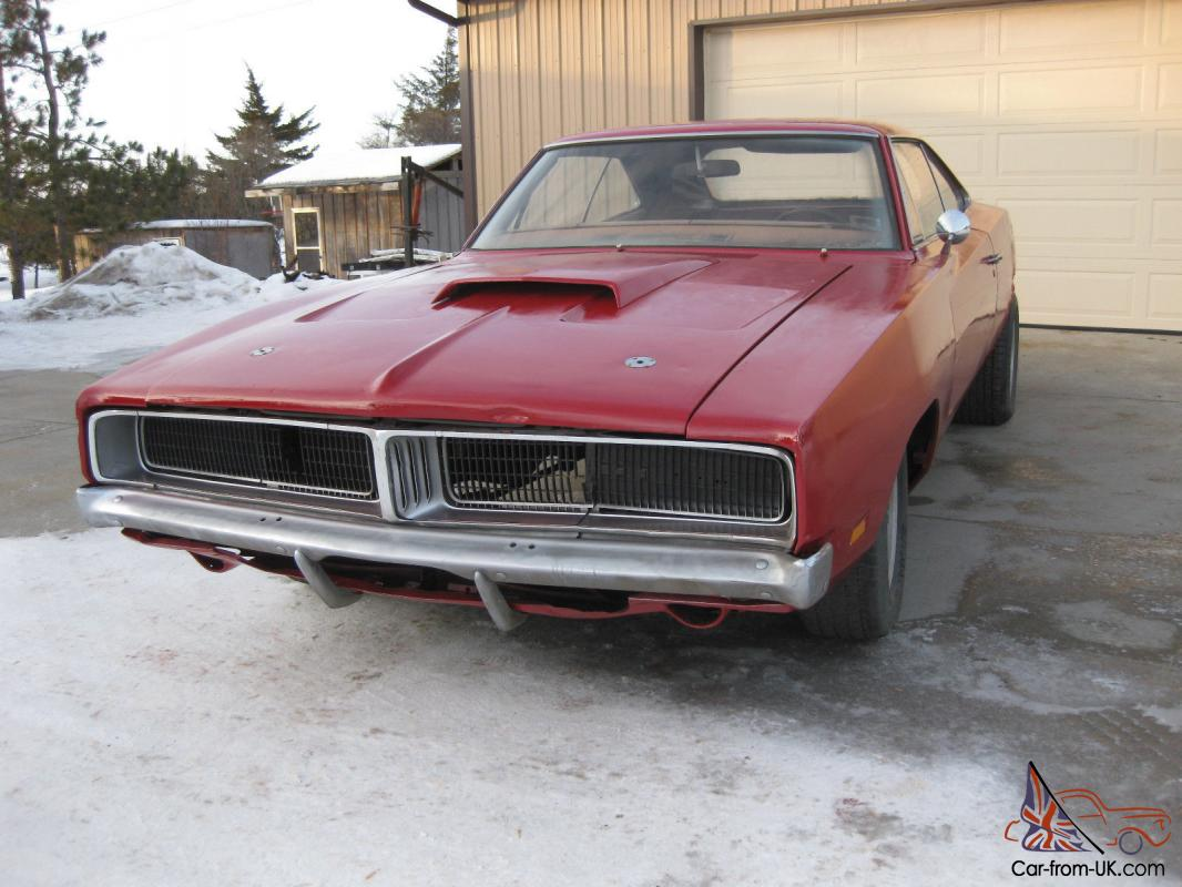 1969 dodge charger 4 speed project posi factory red with white interior 68 70. Black Bedroom Furniture Sets. Home Design Ideas