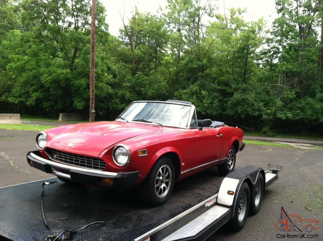 1978 fiat 124 spider convertible with pa antique plates. Black Bedroom Furniture Sets. Home Design Ideas