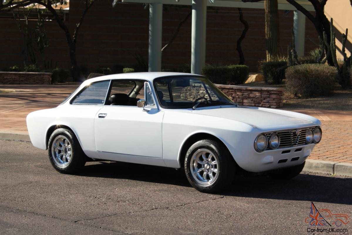1974 Alfa Romeo Gtv 2000 White Minilites Beautiful Must See