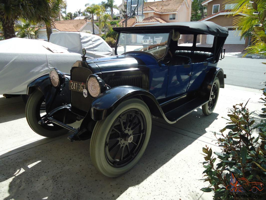 1920 Willys - Knight touring car
