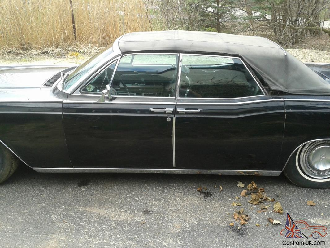 1966 lincoln continental convertible with suicide doors no. Black Bedroom Furniture Sets. Home Design Ideas