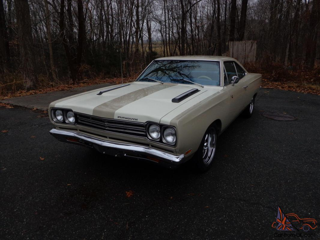 1969 plymouth road runner a real muscle car. Black Bedroom Furniture Sets. Home Design Ideas