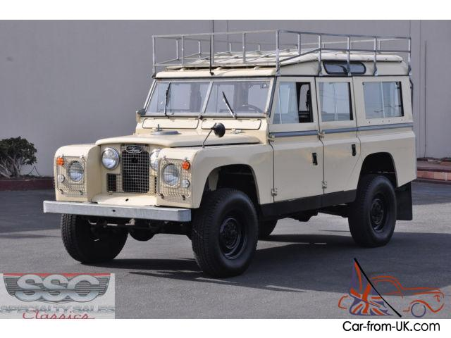 This 1966 Land Rover Series 2A/Defenderfour door 4x4 wagon
