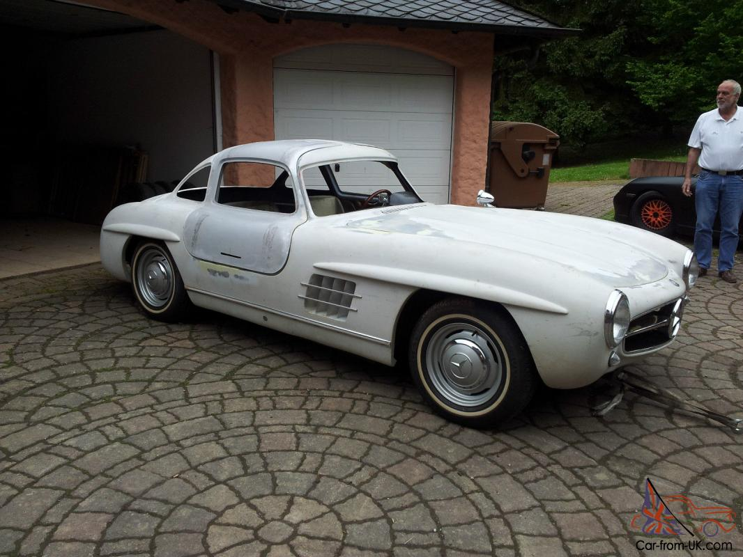 Benz 300 SL Gullwing Replica/Kit makes on Pagoda Basis 1968