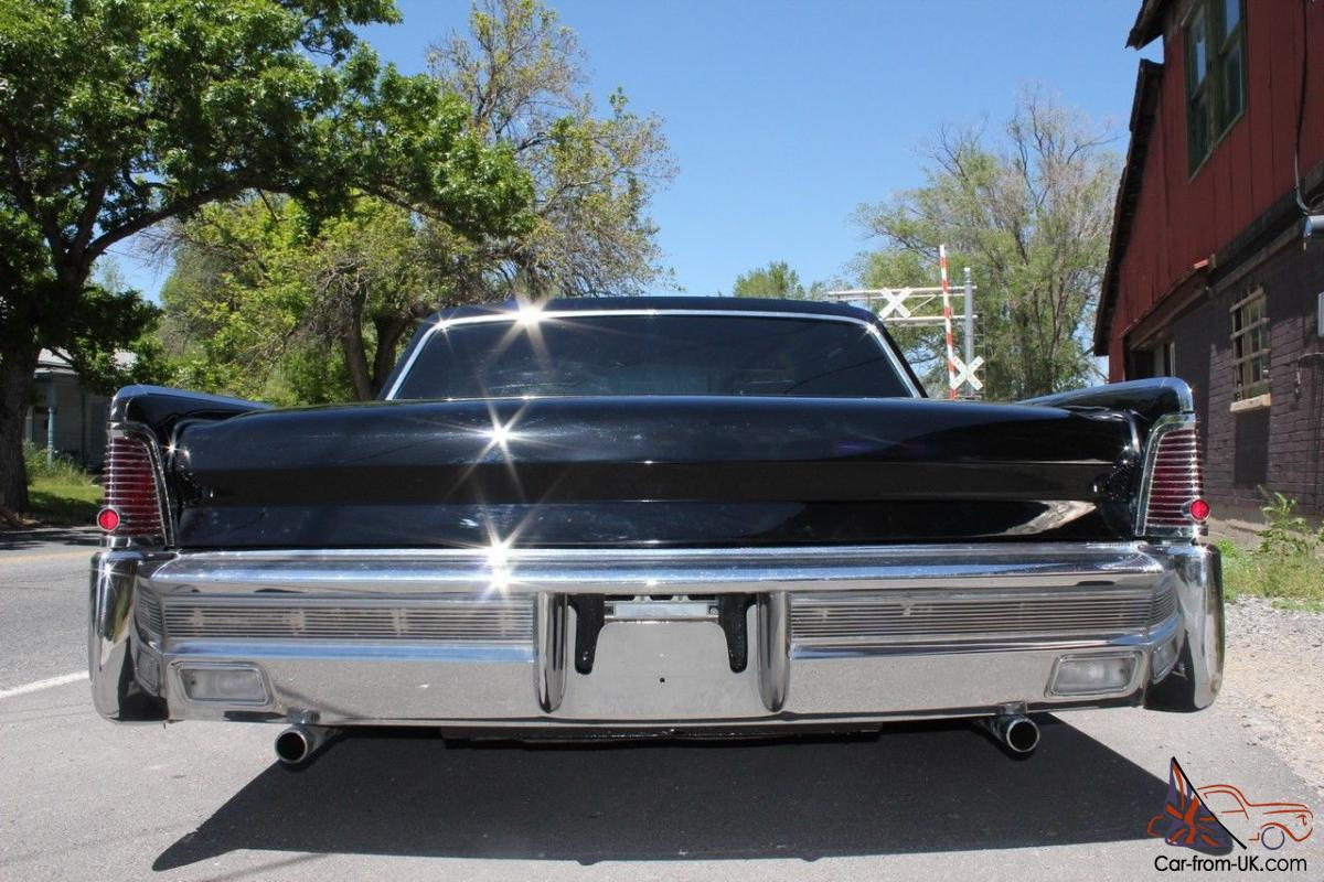 wow 1965 lincoln fuel injected 460 air ride bagged. Black Bedroom Furniture Sets. Home Design Ideas