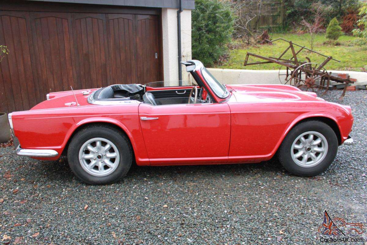 1963 classic british sports car triumph tr4 2138cc rhd vgc red convertible mot. Black Bedroom Furniture Sets. Home Design Ideas