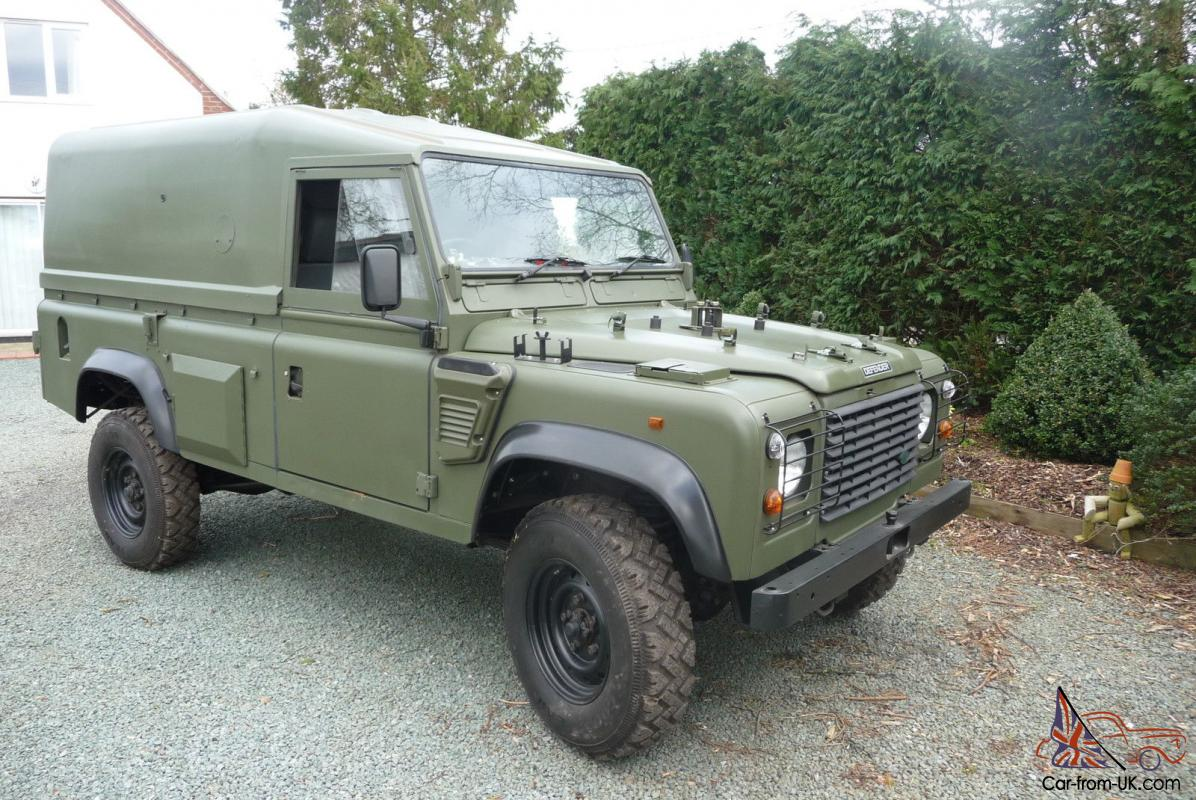 Land rover defender 110 wolf