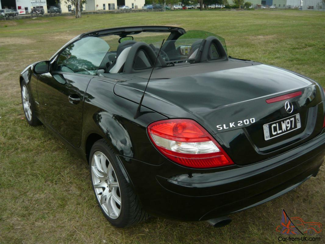 2006 mercedes benz slk 200 kompressor r171 1 8s 6sp manual roadster brisbane in mango hill qld. Black Bedroom Furniture Sets. Home Design Ideas