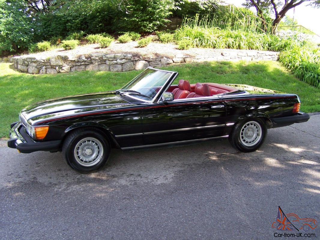 Classic Car In Great Condition Black Exterior Red Interior Convertible 2 Tops