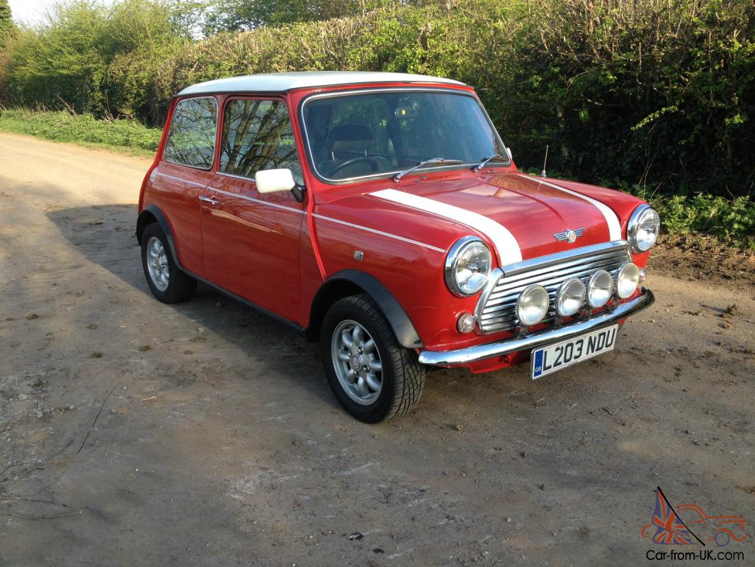 Rover Mini Cooper 1.3i Classic Shape Red With White Roof