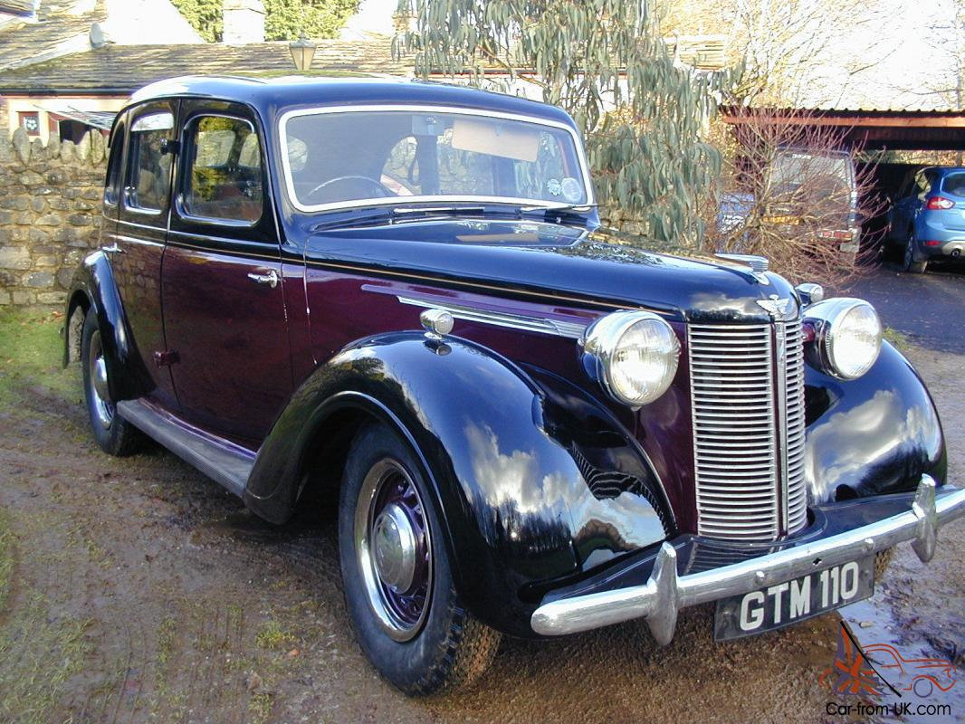 CLASSIC AUSTIN 16 4 DOOR SALOON CAR 1948