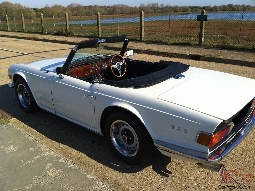 TRIUMPH TR6 ROADSTER WHITE 1969 (G) UK 150 BHP